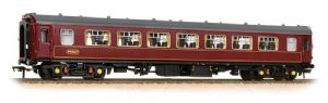 Graham Farish 374-213 BR Mark 1 Pullman 2nd Parlour, West Coast Railways Maroon